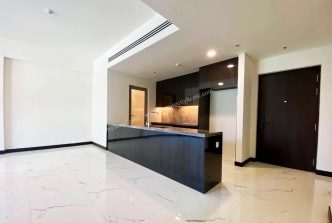 3 bedroom in Empire City for rent with basic furniture